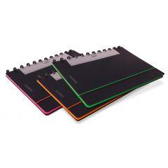 Caiet A4, 72 file - 90g/mp, coperta PP neagra, cu elastic, margine color, AURORA Adoc Edge-matematic